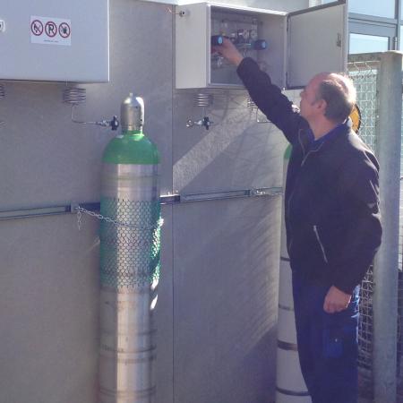 Årlig kontrol og service af gasstationer er Deres største sikkerhed for både personale og en kontinuerlig gasforsyning uden forstyrrelser.